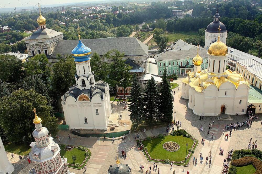 Автобусные туры в Псков и Псковскую область