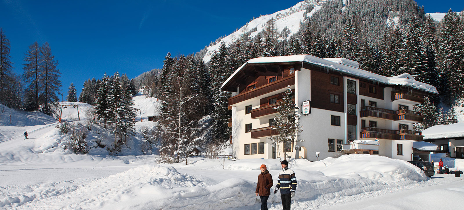 AUSTRIA PENSION (KAPRUN) Pens