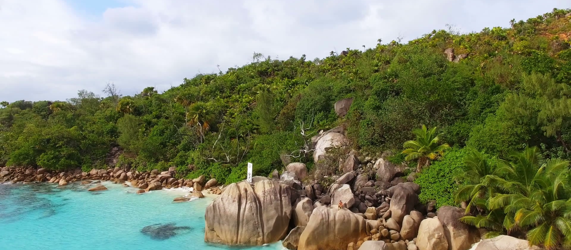 Combined tour Praslin Island (4n) - Mahe Island (the rest nights) (Seišelu salas)
